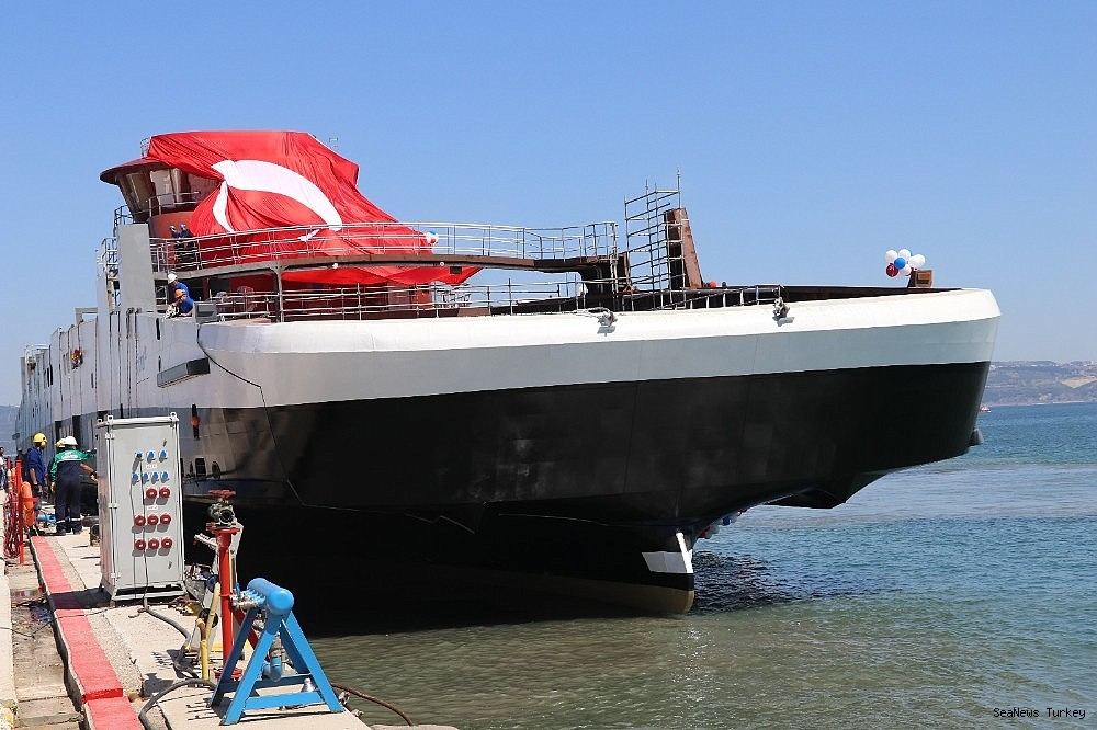 2018/06/ships-powered-with-batteries-built-in-cemre-shipyard-of-turkey-20180613AW41-1.jpg