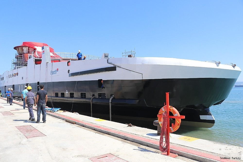 2018/06/ships-powered-with-batteries-built-in-cemre-shipyard-of-turkey-20180613AW41-2.jpg