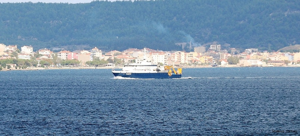 2018/09/russian-search-and-rescue-vessel-passed-through-the-strait-of-canakkale-20180920AW49-4.jpg