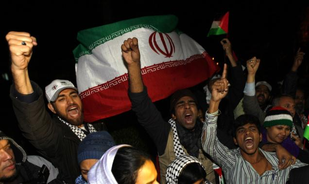 A MILLION-DOLLAR EFFORT: Activists with Asia I aid convoy in the Gaza Strip on Monday.