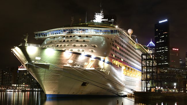 Australia Cruise Ship Boarding Delayed Due To Norovirus Outbreak - Cruise ship delayed