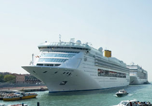 Cruise Lines And City Of Venice Reach Agreement On ZeroImpact - Cruise ship fuel