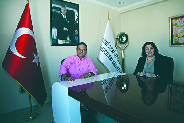 Mrs. Nermin Ocaklı of SeaNews interviewed with Mr. Afem Şimşek in the headquarters of the Association in Aliağa