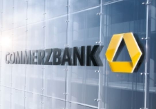 Commerzbank warns of continuing losses with shipping loans