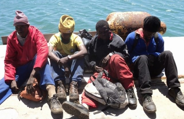 Ebola stowaway warning for ship masters