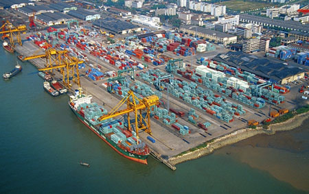 Guangzhou Port Group to expand offices into Europe