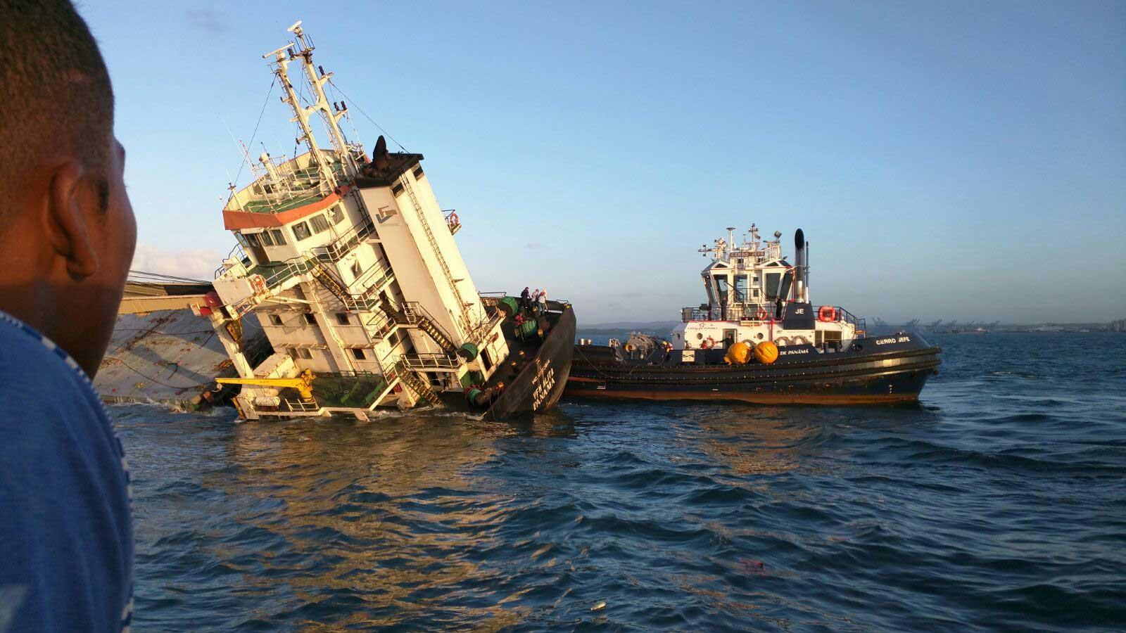 фидерное судно перевод