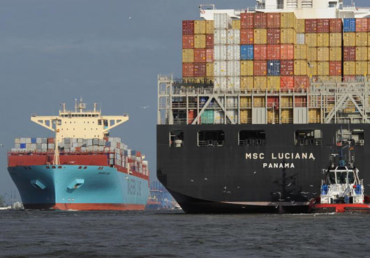 Asia-Europe rate drops 1.4pc to US$918/TEU, off 1.2pc to USWC