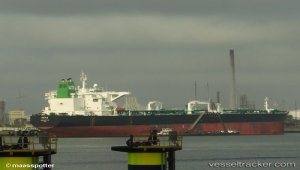 Oil spill increased after sinking of tanker