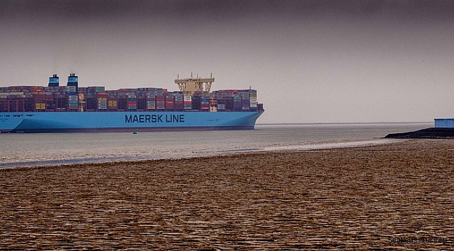 Another Maersk boxship fire after recent deadly Maersk Honam blaze
