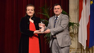 Professor Osman Turan wins European senior researcher award in waterborne transport
