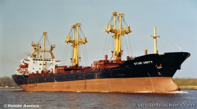 Grounding on artificial reefs