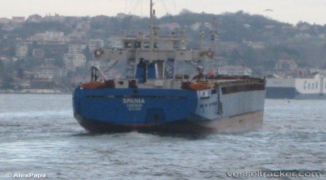 Engine failure in the Kerchenskiy Strait