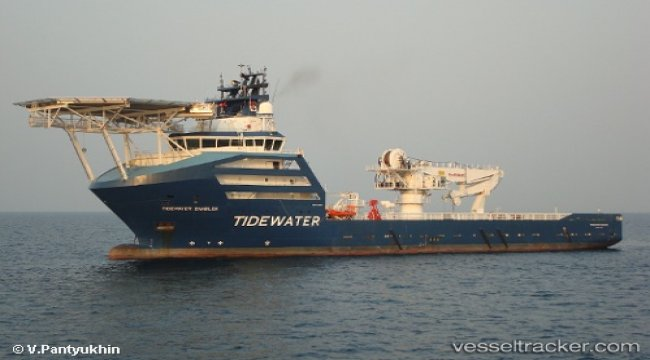 Tidewater to remove oil from Manolis L