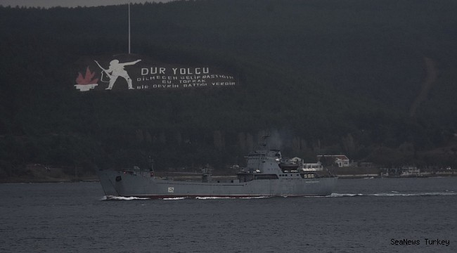 Russian naval vessel passed through Dardanelles