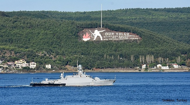Russian warships passed through Dardanelles Strait