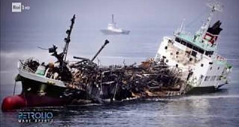 Costa Concordia: recupero e smaltimento - Petrolio 21/10/2017