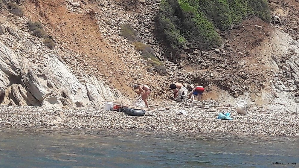 2018/06/great-environmental-cleaning-campaign-in-turkeys-aegean-holiday-resort-ayvalik-20180612AW41-7.jpg