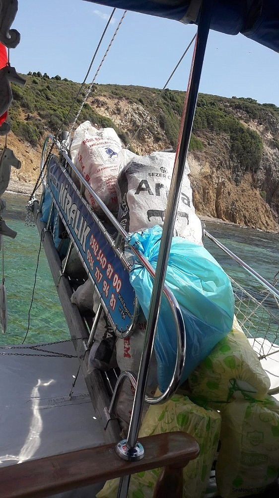 2018/06/great-environmental-cleaning-campaign-in-turkeys-aegean-holiday-resort-ayvalik-20180612AW41-9.jpg