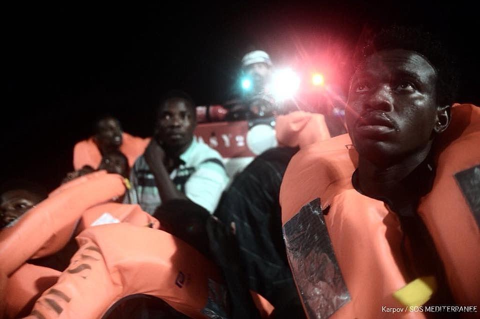 2018/06/italy-closes-her-ports-to-refugee-ship-aquarius-20180611AW41-2.jpg