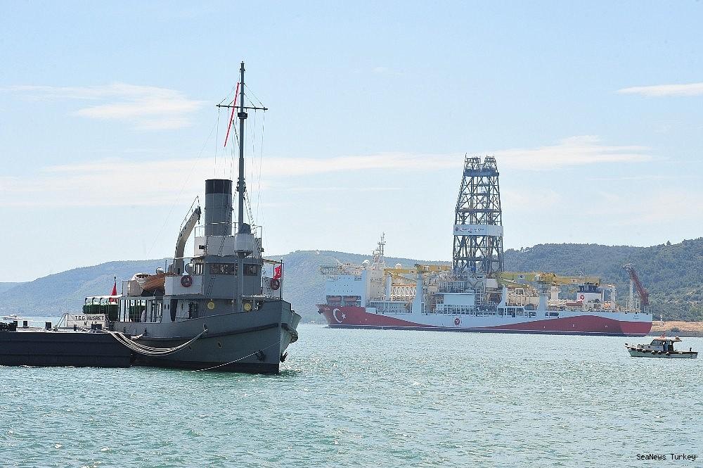 2018/06/turkeys-first-active-drilling-ship-fatih-on-her-way-to-mediterranean-20180601AW40-5.jpg