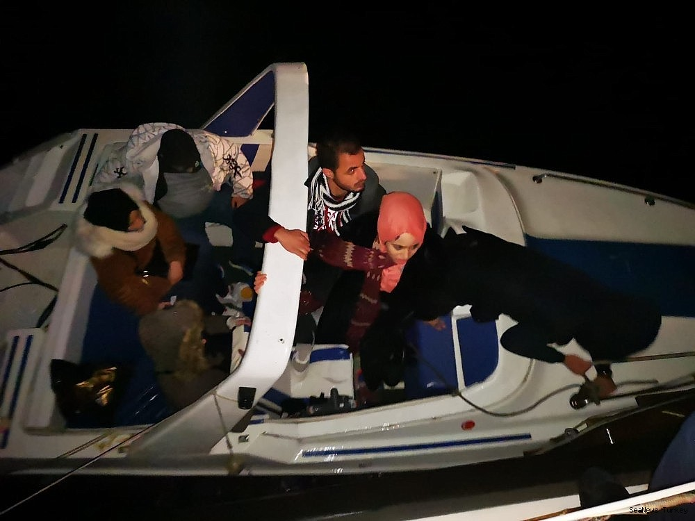 2019/02/their-boats-went-adrift-and-illegal-migrants-arrested-by-coast-guard-20190208AW61-1.jpg