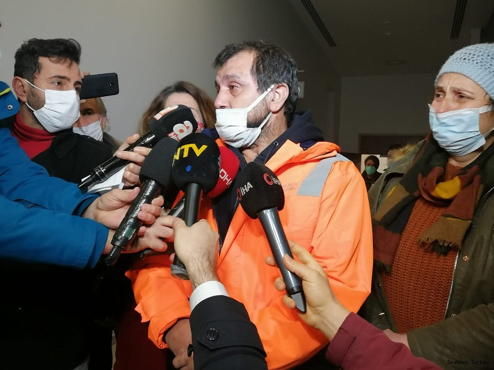 2021/02/15-turkish-sailors-of-mv-mozart-rescued-from-pirates-returned-home-20210214AW24-2.jpg