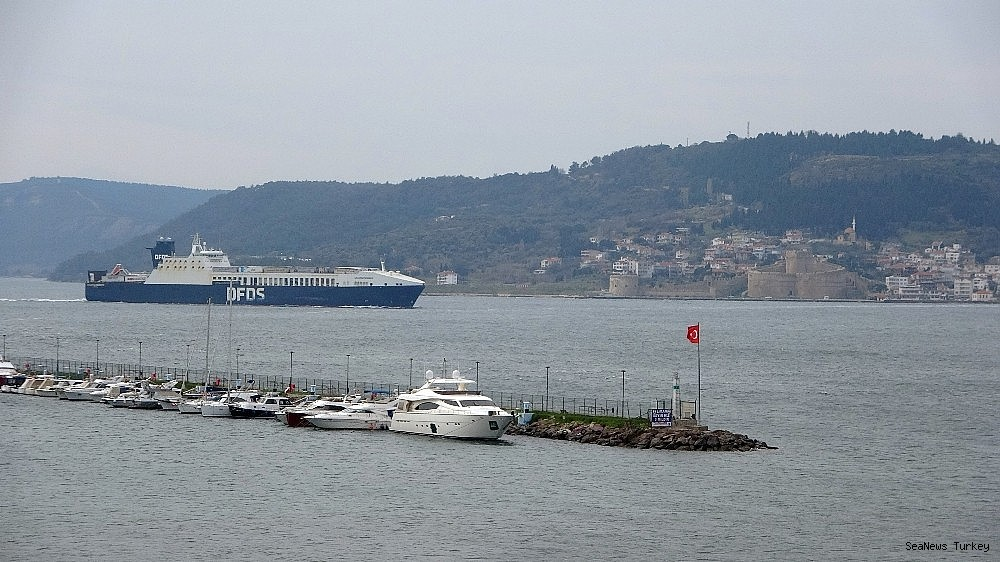2021/02/gallipoli-seaways-which-was-on-fire-near-canakkale-is-returning-to-istanbul-20210213AW24-5.jpg
