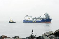 Bulk carrier Sandnes grounded off Esbjerg, Denmark