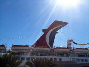 Carnival cruise ship finally docks
