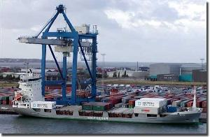 Asian and US ports 'lag behind' accelerating growth