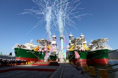 DryShips Inc. Takes Delivery of Its First Newbuilding Drillship