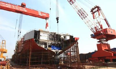 Massively indebted Vietnamese shipbuilder misses payment