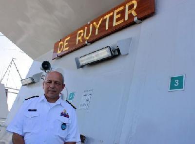 Smarter Somali pirates thwarting navies, NATO admits