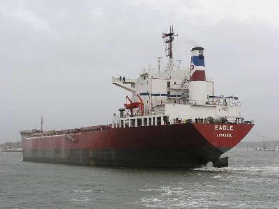 Somali pirates hijack Greek ship M/V EAGLE