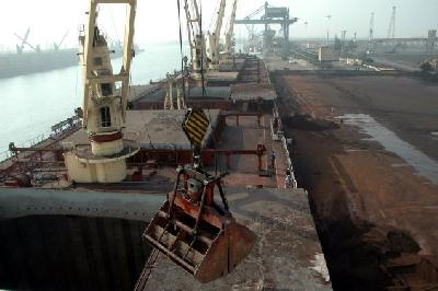 India may impose 20 percent tax on its iron ore exports