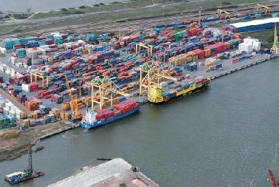 Large increase in container traffic through Baltic ports