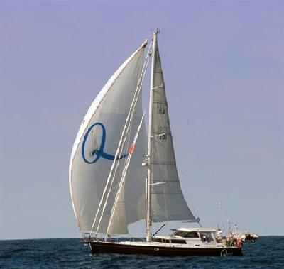 Pirates: Warship shadowing hijacked American yacht