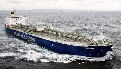 "Norwegian tanker ""Fauskanger"" attacked by Somali pirates"