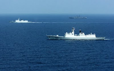 Chinese Missile Ship Xuzhou Races to Libya