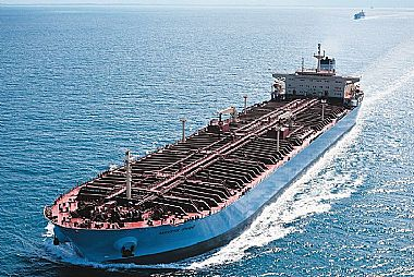 Maersk slows down tankers