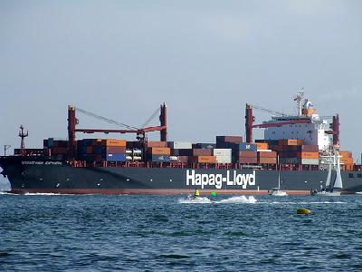 Container ships boom as dry bulk wanes