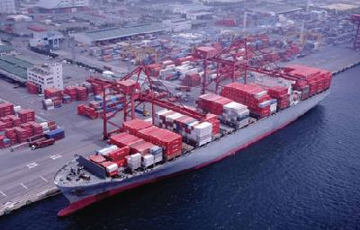 Warning to shipping lines on transpacific