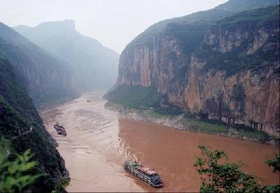 Yangtze cargo tops the world for sixth straight year