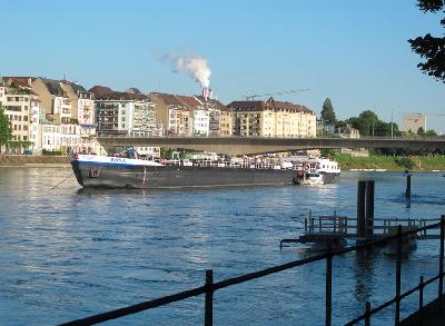 Tanker ROMA allided with Rhine central bridge
