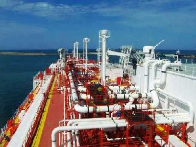 More than 5 Pct of the World Fleet to Adopt LNG Propulsion by 2020