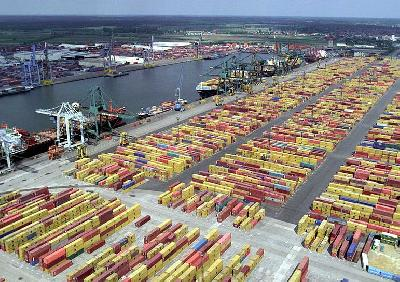 NEA: Northern European Seaports Efficient Route for Container Transport