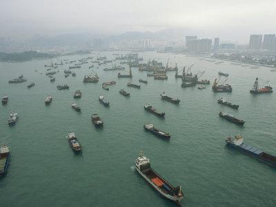 Mega ship glut makes Asia-Europe overcapacity trap inescapable