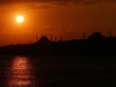 New legislation could lead to emission tests on Bosphorus vessels