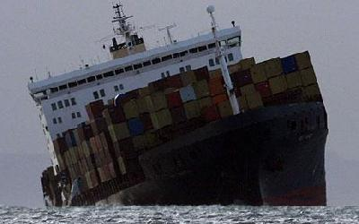 Lawyer: Super postpanamax sinking would be a salvage, liability nightmare